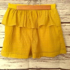 BCBGeneration Tiered Ruffle Shorts. Chartreuse Sz2